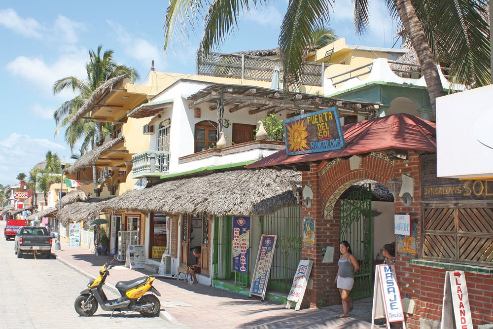 shopping in Puerto Escondido